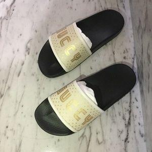 Gucci Shoes - Gucci SEGA slides